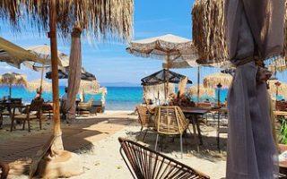 limna-beach